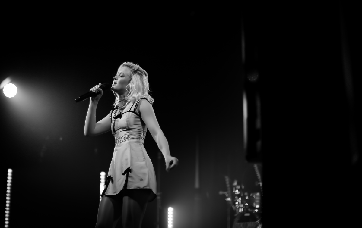 Zara Larsson in Philadephia at Union Transfer with Opener Astrid S